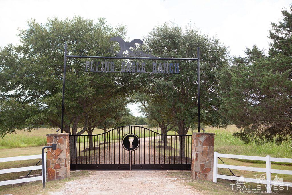 Ranch Gate - Driveway Gate Trails West Gate Company